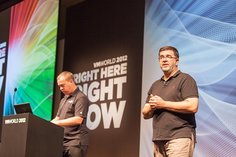 20121011_SessionPowerCLIBestPracticeTheReturnAvecLucDekensEtAlanRenoufVMworld2012_006-IMG_0447