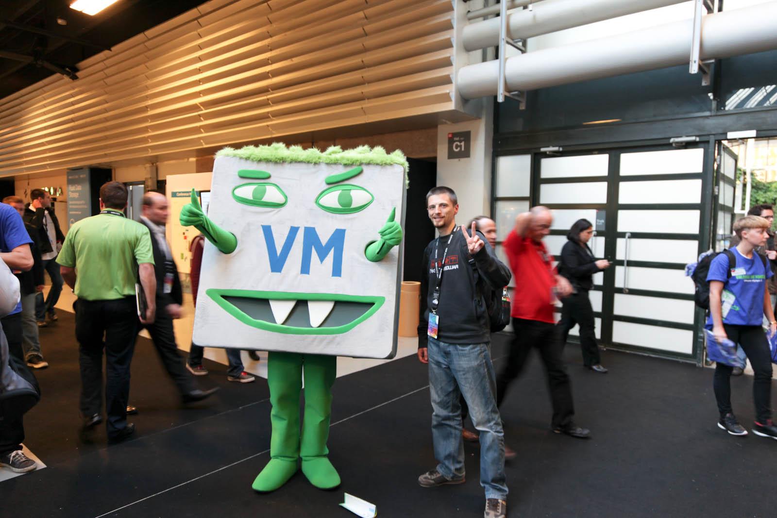 VMworld2011-MonsterVM_-3